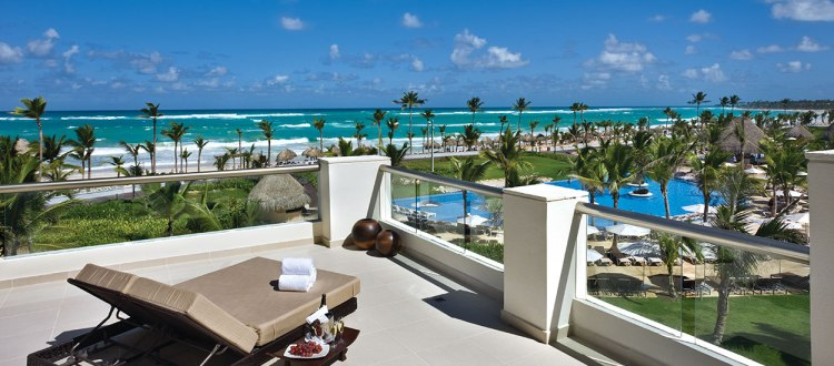 hard-rock-hotel-casino-punta-cana-balcony-view-of-beach